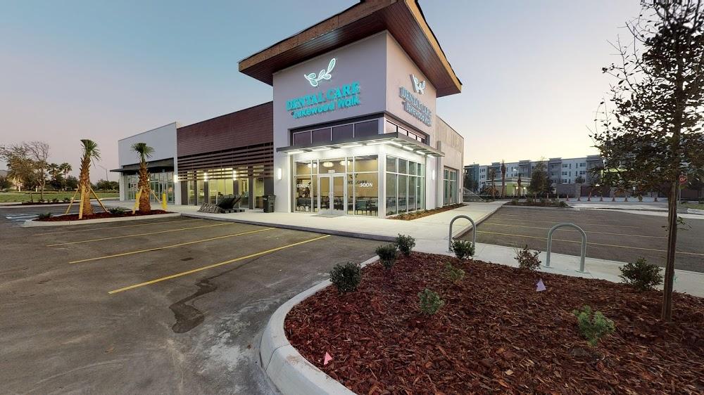 Dental Care at Lakewood Walk